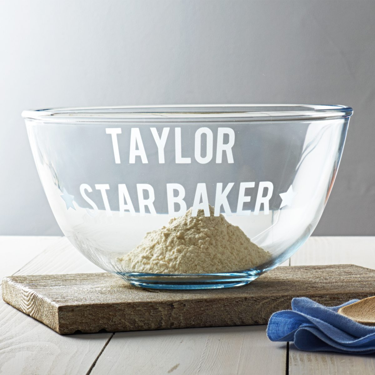 'Star Baker' Pyrex Mixing Bowl