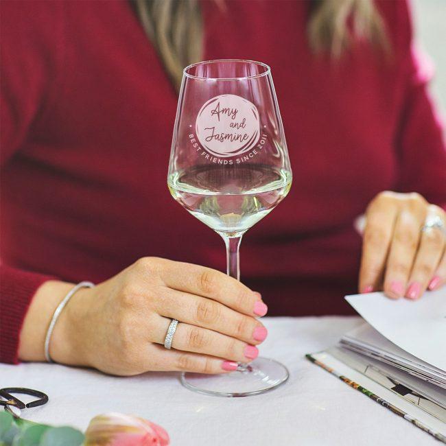 Personalised Best Friends Wine Glass