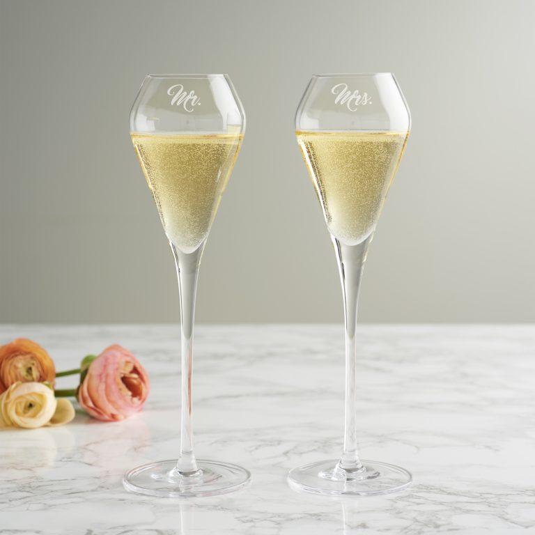 Mr & Mrs Tulip Champagne Flute Set