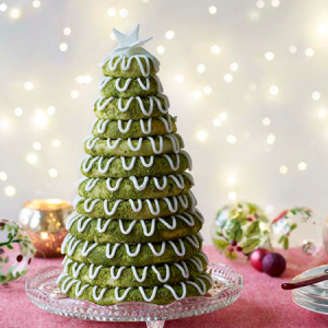 Paul's Bake Off Christmas Kransekake
